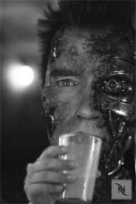 Mag auch Kaffee: Der Terminator
